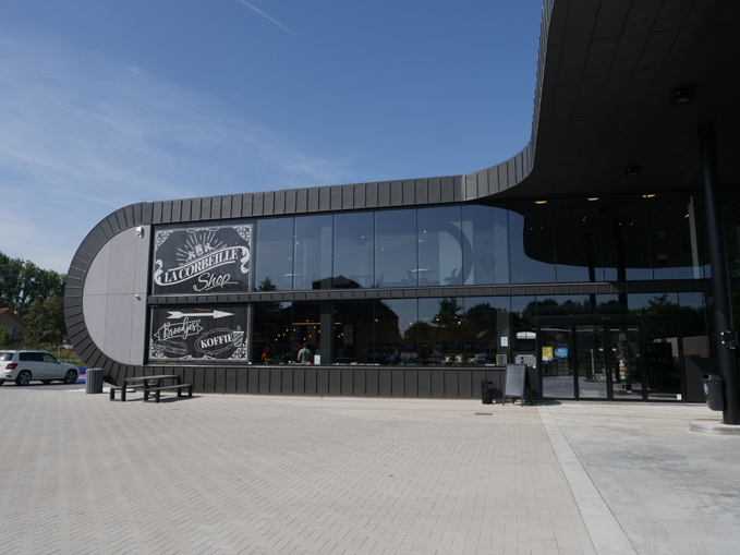 Gas Station La Corbeille, Westmeerbeek (Belgium)